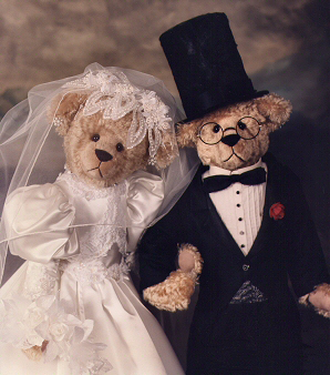The Bride & Groom Grand Winner 1997 People's Choice Award Saratoga Springs Teddy Bear Show